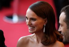 "Natalie Portman Photos Photos - Actress Natalie Portman attends the opening ceremony and premiere of ""La Tete Haute"" (""Standing Tall"") during the 68th annual Cannes Film Festival on May 13, 2015 in Cannes, France. - Opening Ceremony & 'La Tete Haute' Premiere - The 68th Annual Cannes Film Festival"