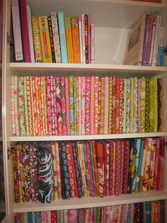 Fabric storage on mini-bolts: I need to figure out how to organize my craft room!!!