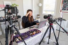 Why A Virtual Makeup Lesson Might Be Exactly What You Need Right Now - JennySue Makeup Virtual Makeup, Multi Camera, Why Book, Makeup Lessons, Makeup Store, Professional Makeup Artist, Makeup Techniques, Makeup Routine, Beauty Routines