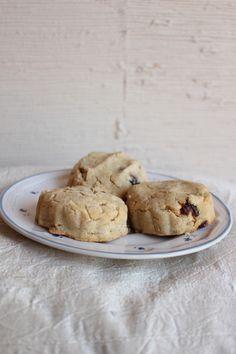 Gluten-Free Cranberry Scones No Bake Desserts, Dessert Recipes, Cranberry Scones, Cookie Recipes, Biscuits, Gluten Free, Yummy Food, Cookies, Baking