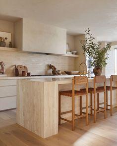 Interior Desing, Interior Design Kitchen, Interior Design Inspiration, Kitchen Inspiration, Kitchen Dinning, Kitchen Decor, Kitchen Ideas, Earthy Home, Br House