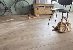 QUELLE DIFFÉRENCE ENTRE LE PARQUET ET LE STRATIFIÉ ? Le parquet est en bois, le stratifié imite le bois. - Saint Maclou Magazine