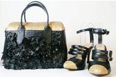 Python leather handbag Leather Handbags, Leather Bag, Python, Photo And Video, Gold, Black, Instagram, Leather Totes, Black People