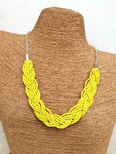 Trenzado collar amarillo collar babero amarillo por EmmieMaeBridal