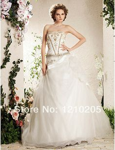 Free Shipping  A-line Strapless Court Train Flower(s), Embroidery, Beading Tulle Wedding Gown 1441326 $449.99