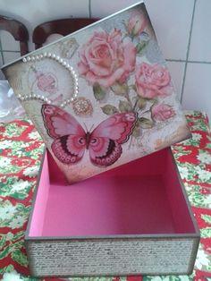 Caixa com scrapdecor borboleta   Ateliê Art&#39s Fran   Elo7