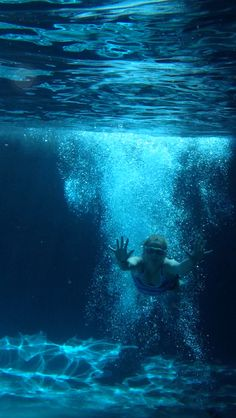 Cool underwater pic