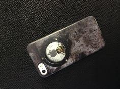 BIRD electron iPhone5 special case. The theme is rust. http://shop.bird-electron.co.jp/shopbrand/006/002/X/