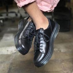 dr martens pink leather boots rose pink pinterest chaussure et bottes. Black Bedroom Furniture Sets. Home Design Ideas