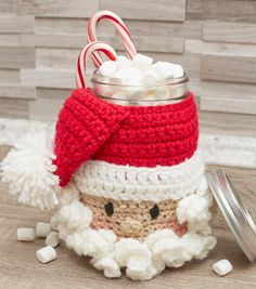 A free crochet pattern of a Santa Candy Jar. Do you also want to crochet this jar? Read more about the Free Crochet Pattern Santa Candy Jar Crochet Santa, Crochet Gifts, Crochet Yarn, Free Crochet, Crochet Angels, Crochet Christmas Decorations, Crochet Christmas Ornaments, Holiday Crochet, Free Christmas Crochet Patterns