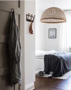 Interior, bedroom, bedroom inspo, firefly lights, modern, design, interior design, DIY, minimalist, Scandinavian, decoration, decor, ideas, decoration ideas, inspiring homes, minimalist decor, Hygge, furnishings, home furnishings, decor inspiration, photos,