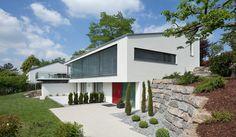 Netto-Plus Energiehaus F Stuttgart Model House Plan, House Plans, Facade Design, House Design, House Landscape, House Built, Architecture Details, House Architecture, Modern Minimalist