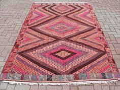 "VINTAGE Turkish Kilim, Area Rug Carpet, Handwoven Kilim (Embroidered) Rug, Decorative Rug, Natural Wool 68.5"" X 110.7"""