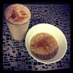 Sascha Barboza @SaschaFitness  Avena cocida preparada con 1/4 taza de avena en hojuela+1 taza de agua y 1 whey protein= carbos+proteina  pic.twitter.com/FkWRRQPpEe