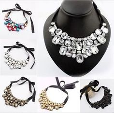 Black one necklace