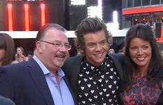 Harry with Anne and Robin!....Anne is beautiful