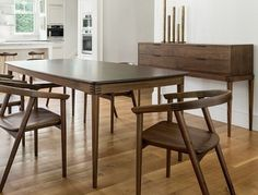 Cumberland Dining Table 3