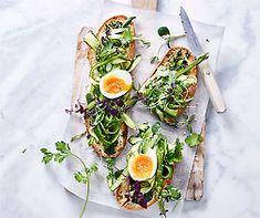 XL-Bruschette mit Ei Avocado Toast, Breakfast, Food, Brunch Ideas, Vegan Recipes, Egg As Food, Morning Coffee, Meal, Essen