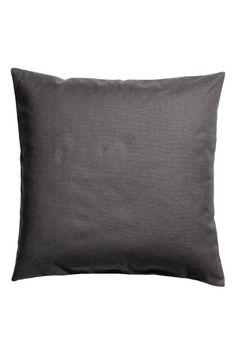 Tyynynpäällinen kanvaasia