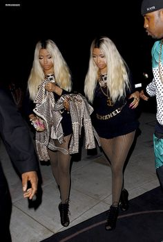Nicki Minaj & Nicki Minaj! Nicki Baby, New School Hip Hop, Perfect Woman, Nicki Minaj, Sexy Legs, Rapper, Cool Style, Sexy Women, Celebrity