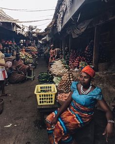 Black Travel Vibes: Fall In Love With Lagos, Nigeria - Essence African Culture, African History, Black Is Beautiful, Beautiful People, Nigeria Travel, Westerns, Black Girl Aesthetic, People Of The World, Black People