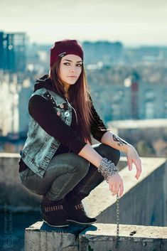 8eabc4126b9 InFAMOUS  Delsin Rowe rooftop 2 by MarikaGreek-I love this cosplay omg