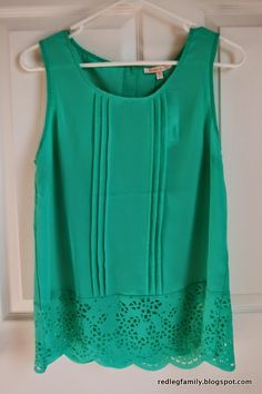 In my continued effort to catch up on posting my Stitch Fix shipments, here is what I received in Fix #11.  Just Black - Faye Skinn...
