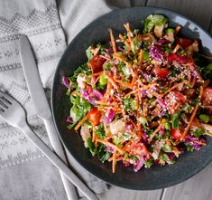 GRØNNKÅLSALAT MED KYLLING OG FETAOST - Bakekona Frisk, Cottage Cheese, Crunches, Bagels, Paella, Quinoa, Salad, Ethnic Recipes, Food