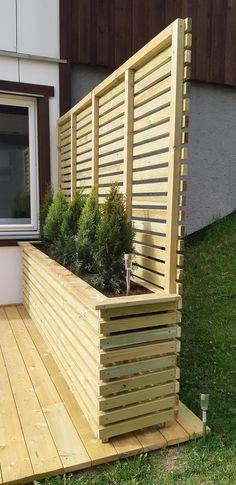 Backyard Privacy, Backyard Landscaping, Garden Center Displays, Door Protection, Garden Screening, Getaway Cabins, Small Garden Design, Pergola Designs, Balcony Garden