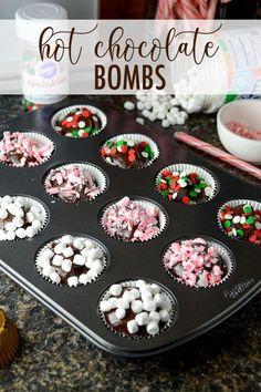 Hot Chocolate Gifts, Christmas Hot Chocolate, Homemade Hot Chocolate, Hot Chocolate Bars, Hot Chocolate Mix, Hot Chocolate Recipes, Hot Chocolate Toppings, Chocolate Spoons, Chocolate Ganache