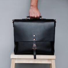 Alfie Douglas - Alfie Two Classic large bag - Leather satchel - Handmade in England