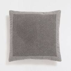 Image of the product GREY LINEN-EDGED WASHED COTTON CUSHION COVER