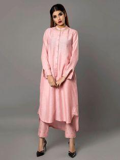 Pink Bamberg Linen Tunic with Pants - Set of 2 By Ritu Jain Singh Kimono Fashion, Modest Fashion, Fashion Outfits, Kurta Patterns, Dress Patterns, Indian Wedding Outfits, Indian Outfits, Pakistani Dresses, Indian Dresses