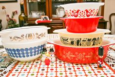 More lovely Pyrex. I actually have the one in the blue dot bowl!