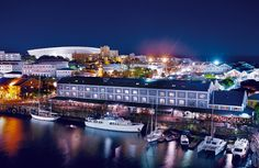Situated in the heart of Cape Town's working harbour with the dramatic backdrop of Table Mountain, the Victoria and Alfred Waterfront is widely acknowledged. Hotels And Resorts, Best Hotels, Luxury Hotels, Africa Continent, Holiday City, Cape Town Hotels, V&a Waterfront, New Year Fireworks, Tourist Sites