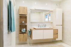 Living Room Decor Cozy, New Life, Bathroom Interior, Home Renovation, Decoration, Home Deco, Bathroom Medicine Cabinet, House Plans, House Design