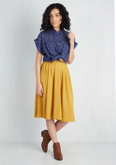 Breathtaking Tiger Lilies Midi Skirt in Mustard. This morning, a bundle of bright flowers was waiting at your door. #yellow #modcloth