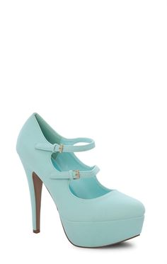 Round Toe Platform Pump with Double Mary Jane Strap