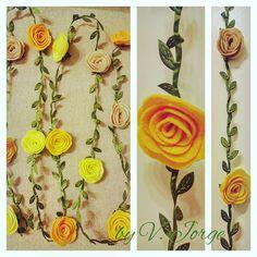 Felt roses Garland , flowers Garland, wall felt decoration, window decoration, Garden Decor