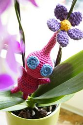 Ravelry: Pink Winged Pikmin pattern by Victoria Williams