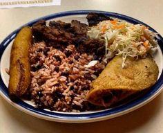 Carne asada y Gallo Pinto con Enchilada - Nicaragua