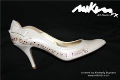 Handmade drawings upon shoes for a marriage. Artwork by Kimberly Buysens.