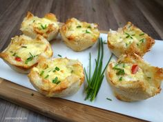Toast-Törtchen überbacken mit Käse