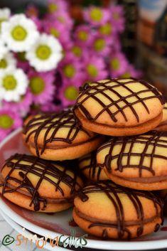 Delicious Sandwiches, Biscuit Recipe, Sweet Desserts, Desert Recipes, Biscotti, Coco, Food Videos, Fondant, Deserts