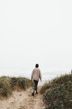 Are you lonely in your partnership or marriage; Carol Bruess talks through the possibilities as well as the emotional consequences to a lonely relationship. Wit And Delight, Winter Beach, Am Meer, Poses, Beach Pictures, Photos Du, Lonely, Road Trip, Photoshoot