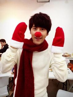 Super Junior #Kyuhyun Turns Into a Cute Rudolph For Christmas More: http://www.kpopstarz.com/articles/70895/20131226/super-junior-kyuhyun-turns-into-a-cute-rudolph-for-christmas.htm