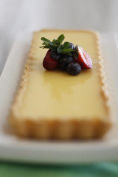 Tarta suave de crema de limón http://www.pinterest.com/nievesmarzipan/reposteria/