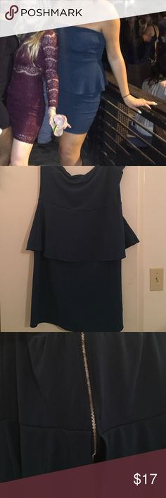 Strapless Dark Green Dress Charlotte Russe, strapless green dress, back has gold zipper, and flattering design on front, covers stomach, only worn once in the picture! Charlotte Russe Dresses Strapless