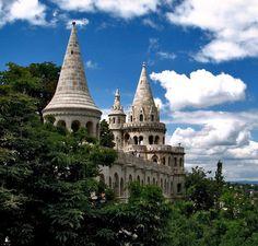 http://amolife.com/image/around-the-world/castles-around-the-world.-part-4.html