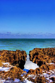 Blowing Rocks Perserve, Jupiter, Florida; photo by Mark Andrew Thomas